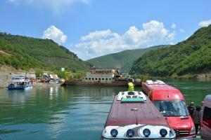 1 Albanië Het meer van Koman (7)