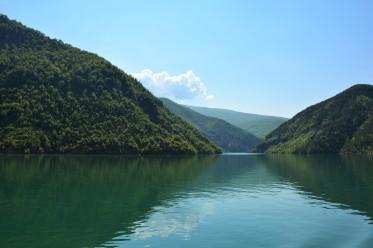 1 Albanië Het meer van Koman (5)